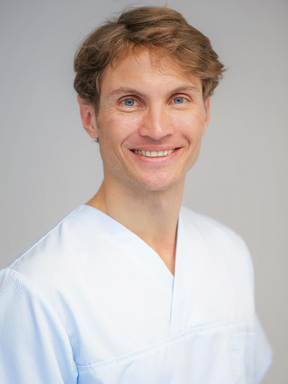 Joscha Riessle, Physiotherapie